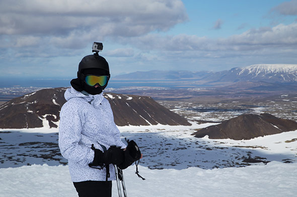 Filmer au ski avec une camera sur casque