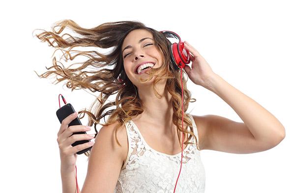 Ecouter de la musique avec son téléphone