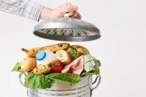 jeter les aliments frais périméss