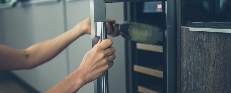 cave à vin intégrée dans cuisine