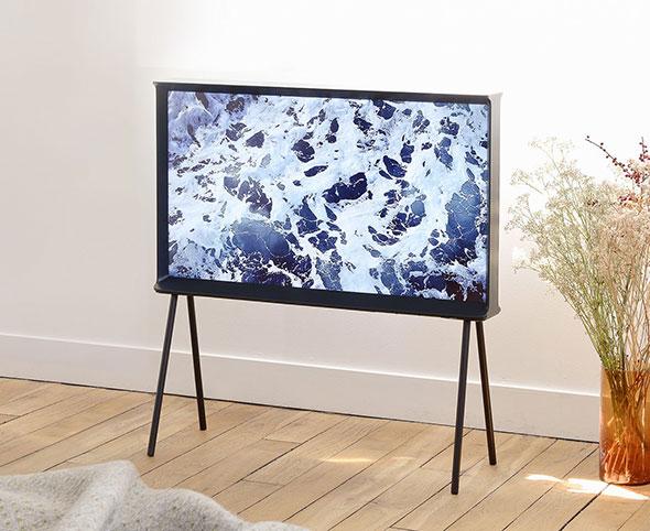 Samsung-Serif-TV-en-tableau-d-art-ubaldi