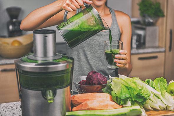 jus-detox-vert-fruits-et-legumes-ubaldi