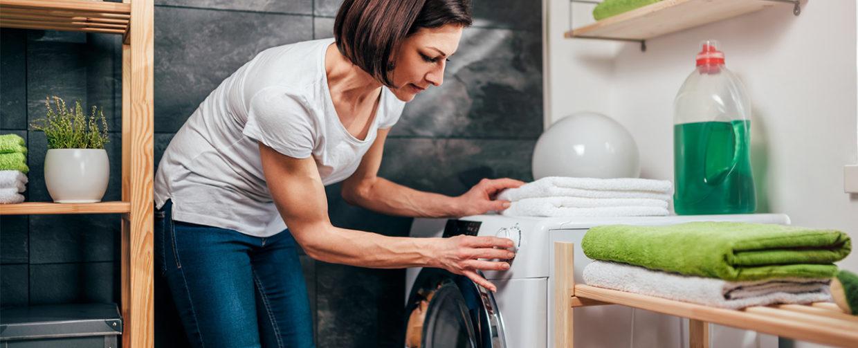 laver son linge à la machine de manière écologique