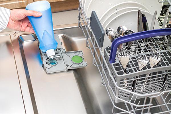 liquide-rincage-lave-vaisselle