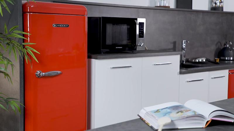 schneider-frigo-rouge-vintage-ubaldi