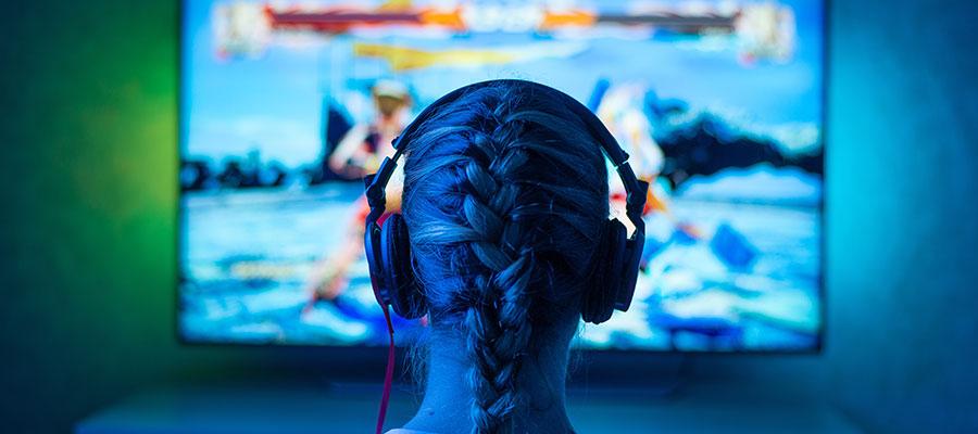 femme gaming jeux vidéos