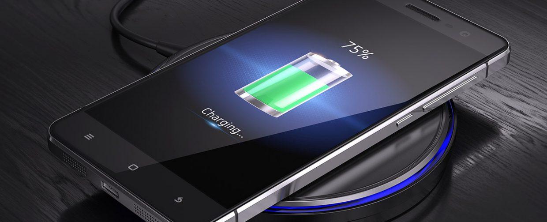 charger smartphone par induction