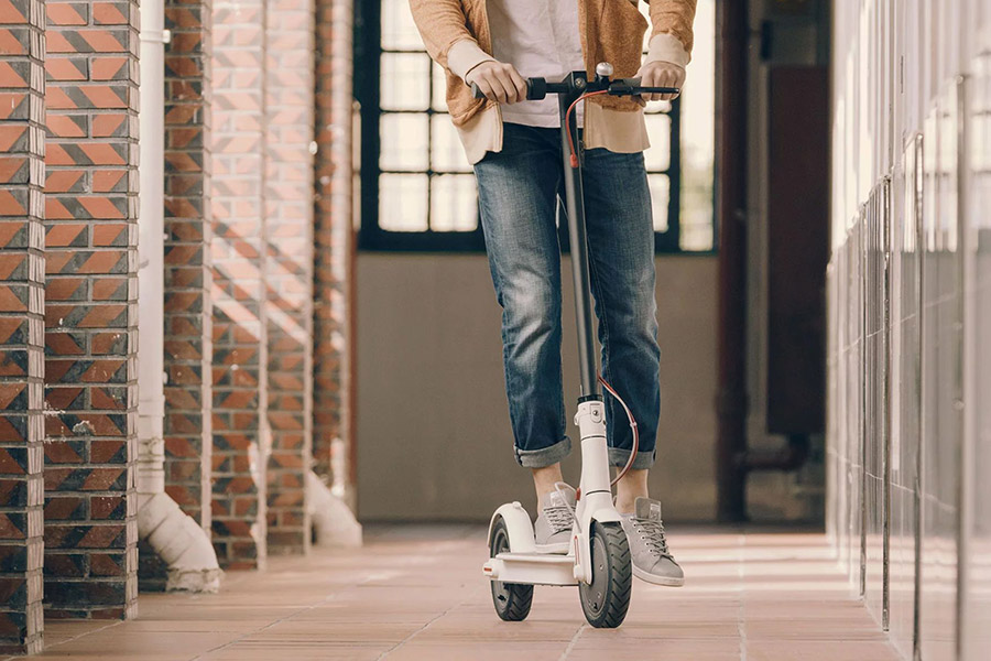 trottinette xiaomi mi electric scooter m365