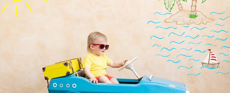 occuper un enfant en voiture