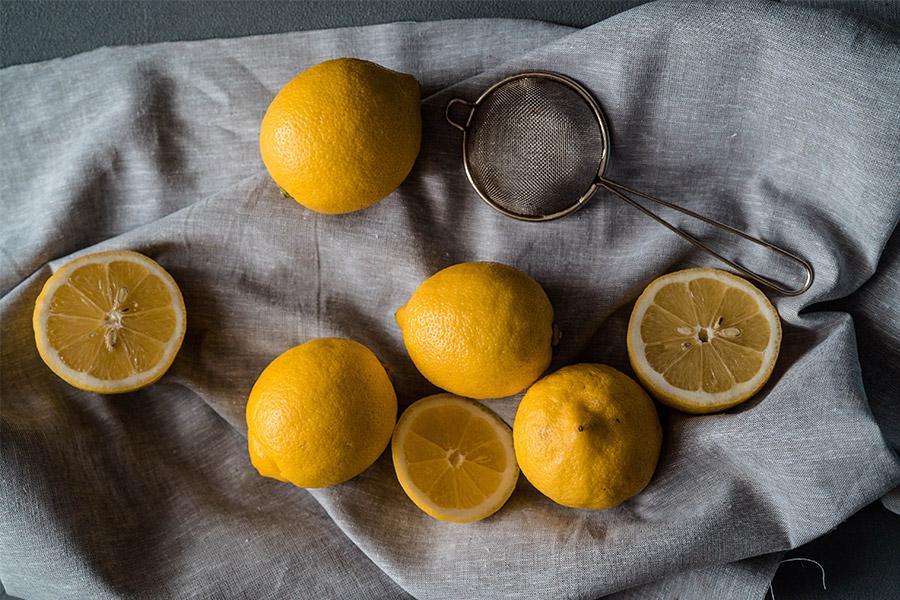 astuce pour blanchir le linge : le citron