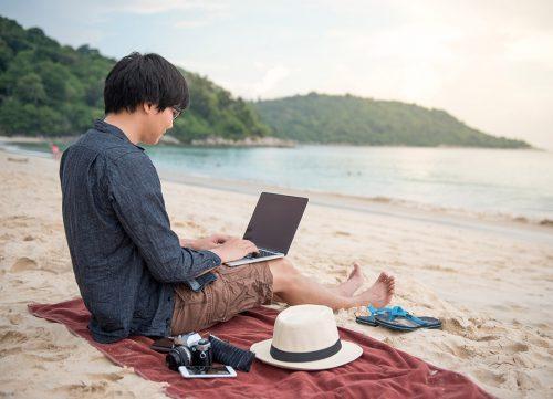 partir en vacances avec ordinateur