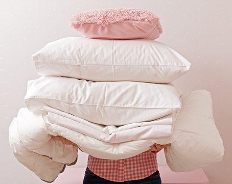 pile-de-linge-et-de-draps-propre