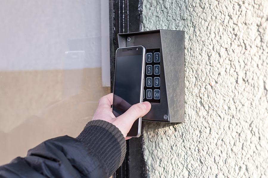 serrure connectée à ouvrir avec smartphone