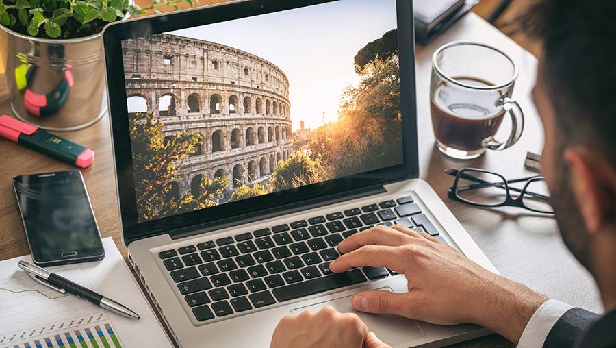 retouchers es photos sur ordinateur