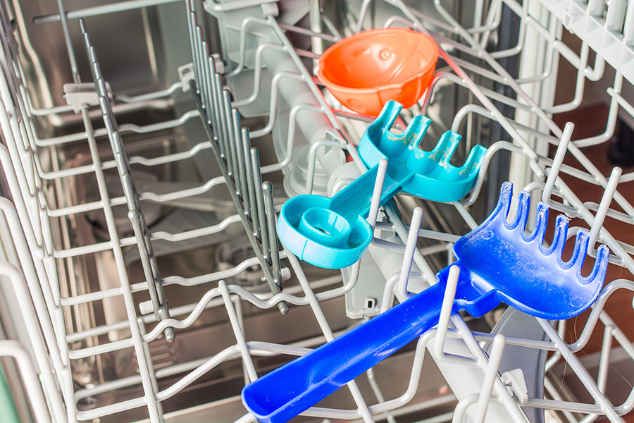 passer les jouets en plastique au lave vaisselle