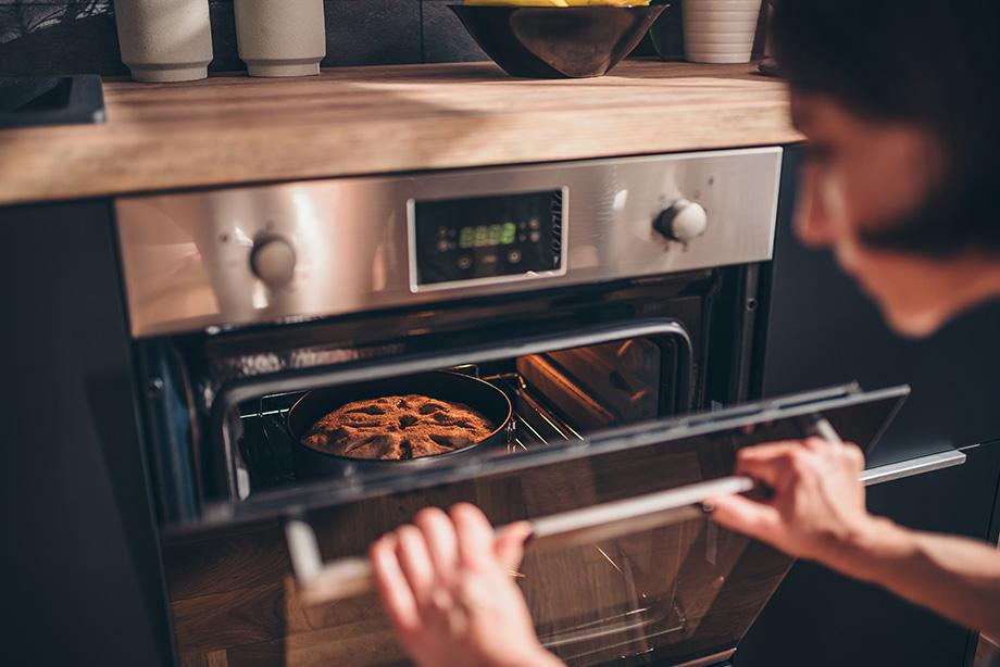faire cuire un gateau au four chaleur tournante