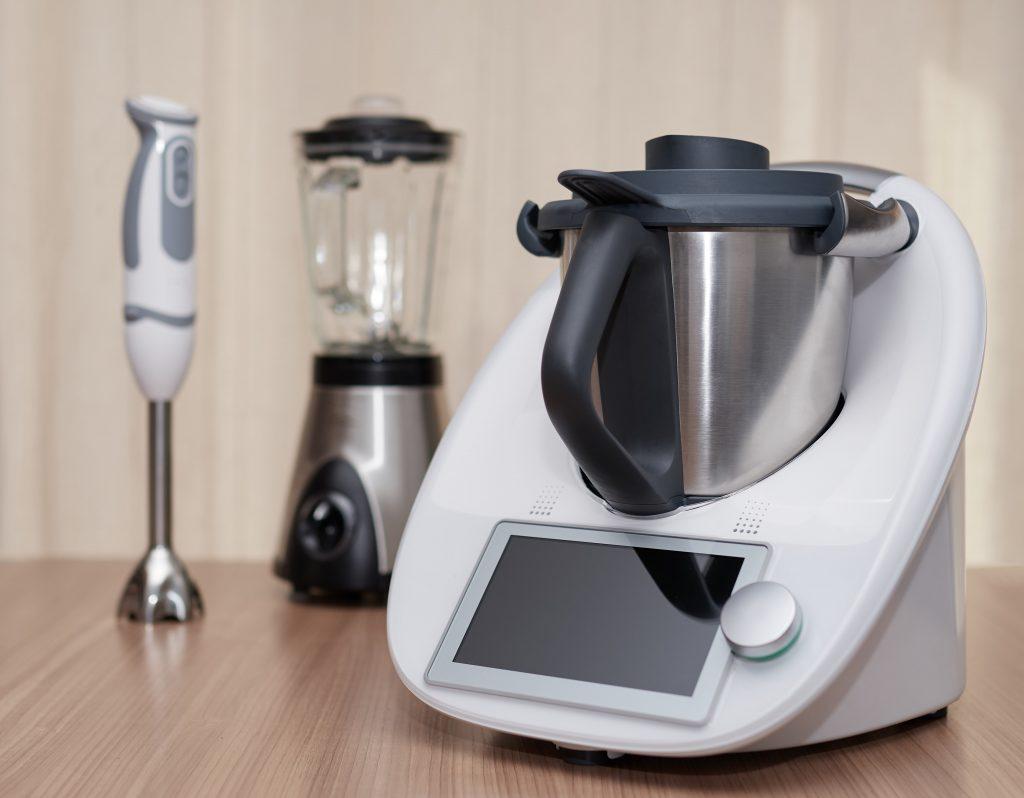 10-raisons-d-acheter-un-robot-cuiseur-pas-assez-equipe-ubaldi