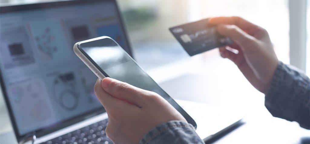verification-sur-smartphone-carte-bleu-pour-paiement-ubaldi
