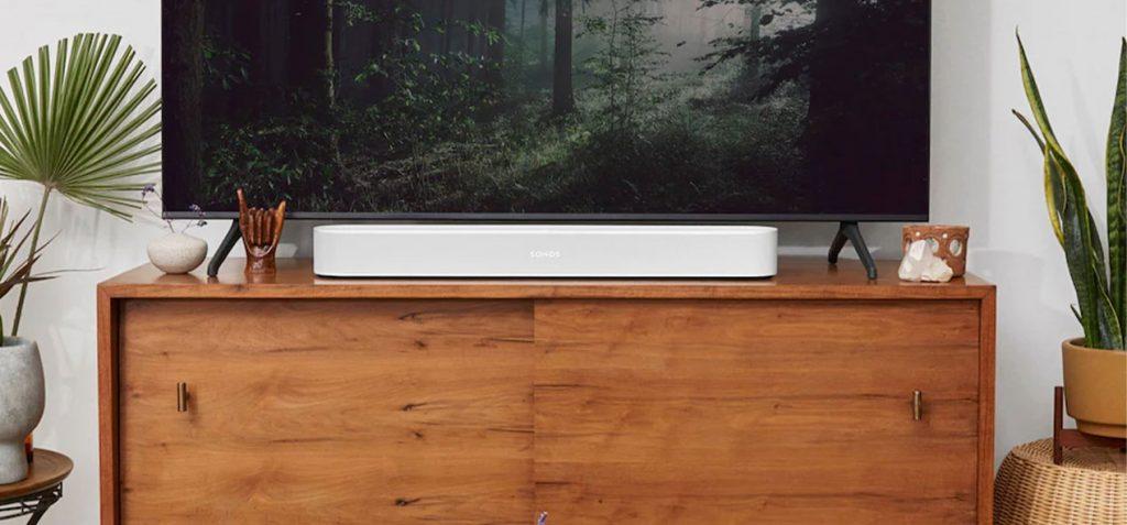 sonos-beam-blanc-sous-tv